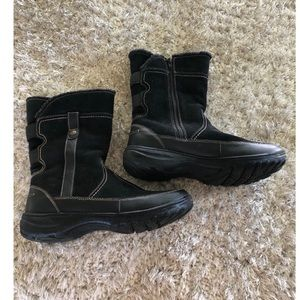 Clarks Black Winter Boots Size 9.5 Wide